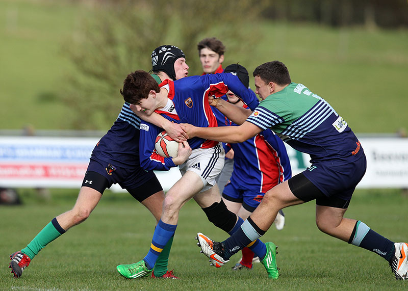 tackling in rugby
