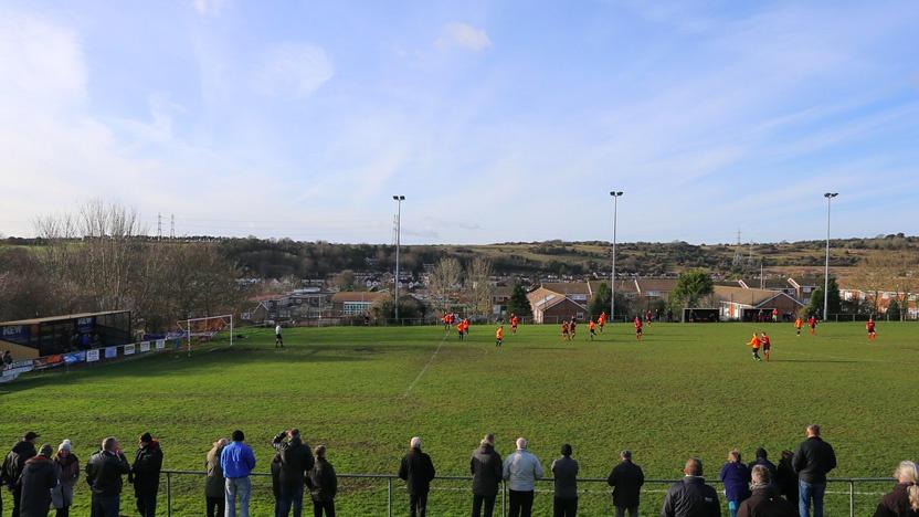 blog-start-a-football-team-pitch.jpeg