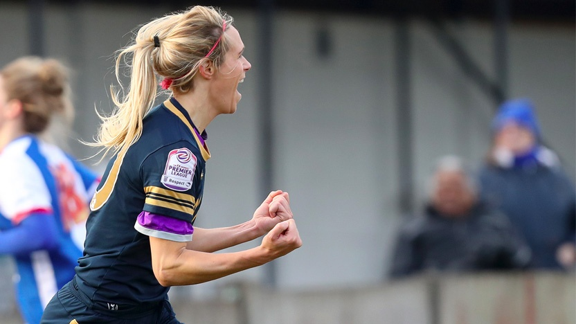 blog-leadership-in-sport-women-football-celebration