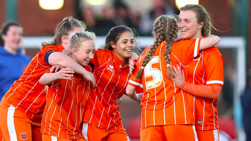 blog-growth-in-women's-football-celebration