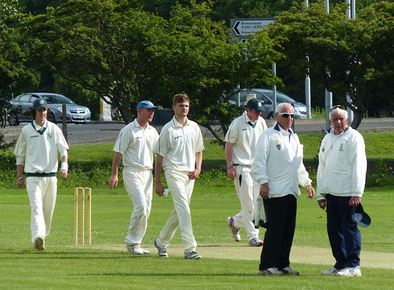 blog-how-to-be-a-referee-cricket-umpire
