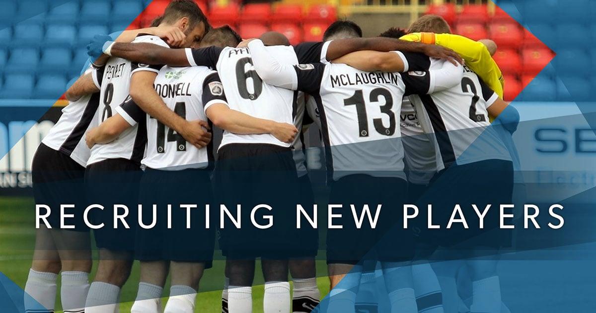 football__social--recruitingNewPlayersFacebook