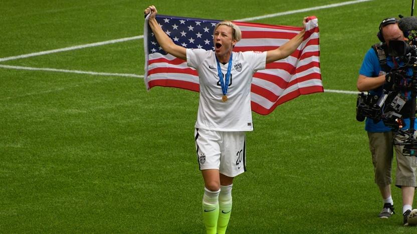 blog-greatest-female-footballers-abby.jpg