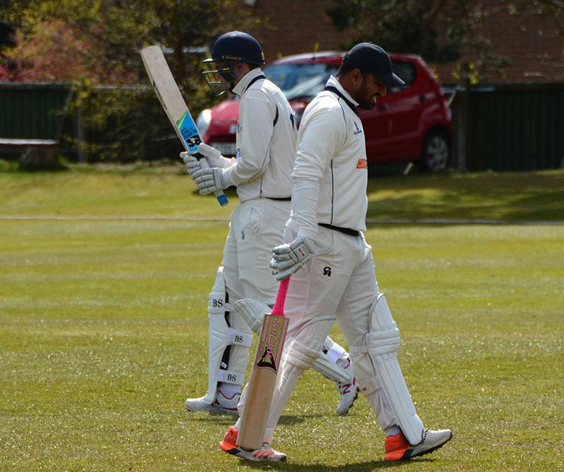 cricket batsmen cross paths